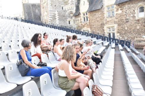 Groupe d'adultes festival theatre